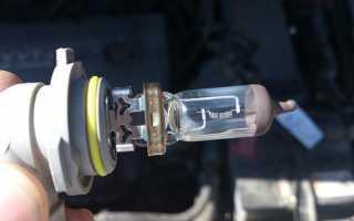 💡Какие лампы ближнего света подходят для Тойота Королла 150