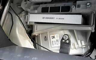 🏁Как поменять салонный фильтр на автомобиле Тойота Королла