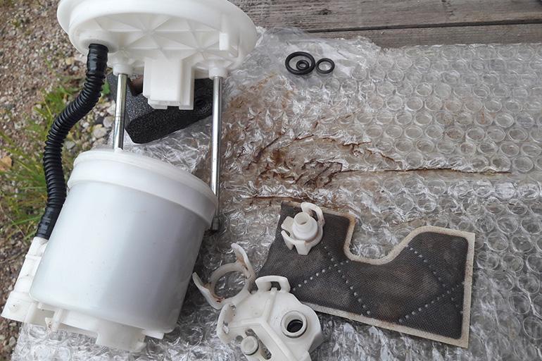 Топливный фильтр Toyota Camry