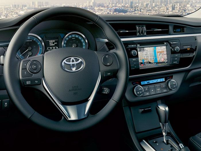 Toyota Corolla 2014 интерьер