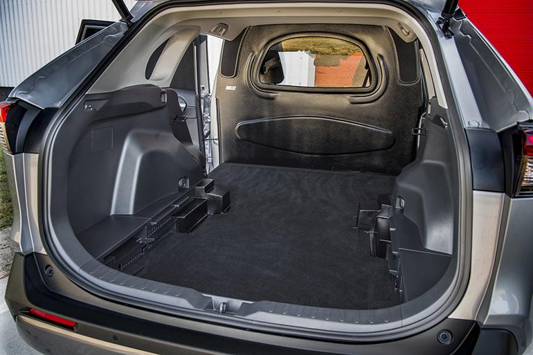 Объем багажника Тойота РАВ 4