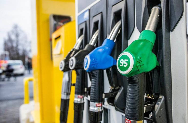 РАВ 4 какой бензин заливать