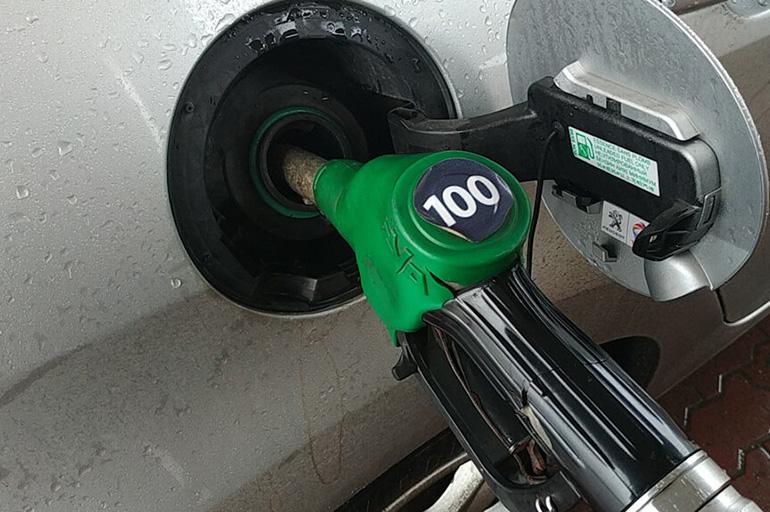 Высокоактановый бензин